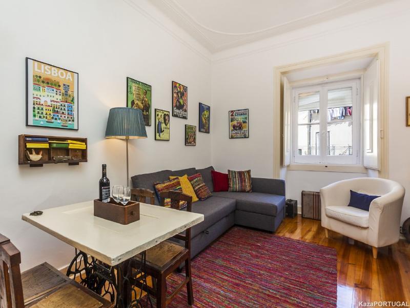 Olarias Apartment - Image 1 - Lisbon - rentals