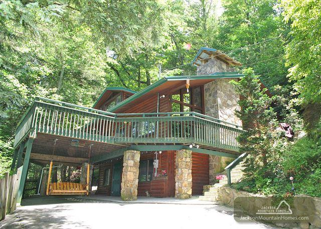 Almost Heaven   Pool Table Hot Tub Jacuzzi Secluded WiFi   Free Nights - Image 1 - Gatlinburg - rentals