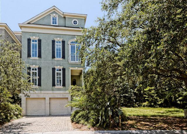 Picture of the front - Corine Lane 29, 6 Bedrooms, Private Pool, Elevator, Sleeps 20 - Hilton Head - rentals