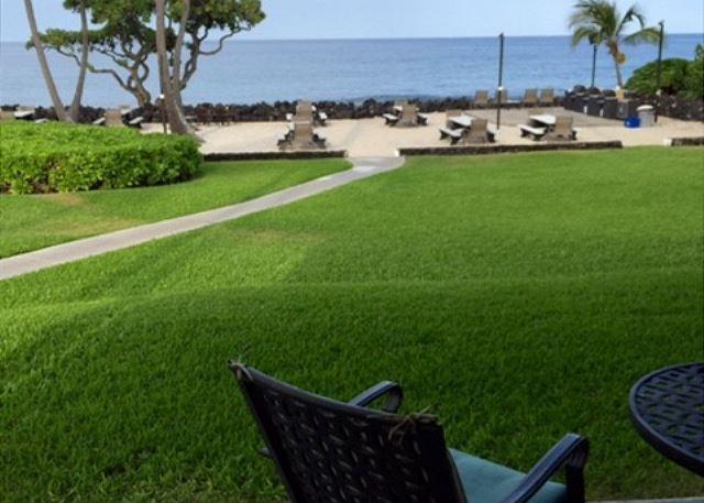 Hawaiian Living does not get better than this!! - Kona Isle D4 Ground Floor, OCEANFRONT UNIT, Wifi! - Kailua-Kona - rentals
