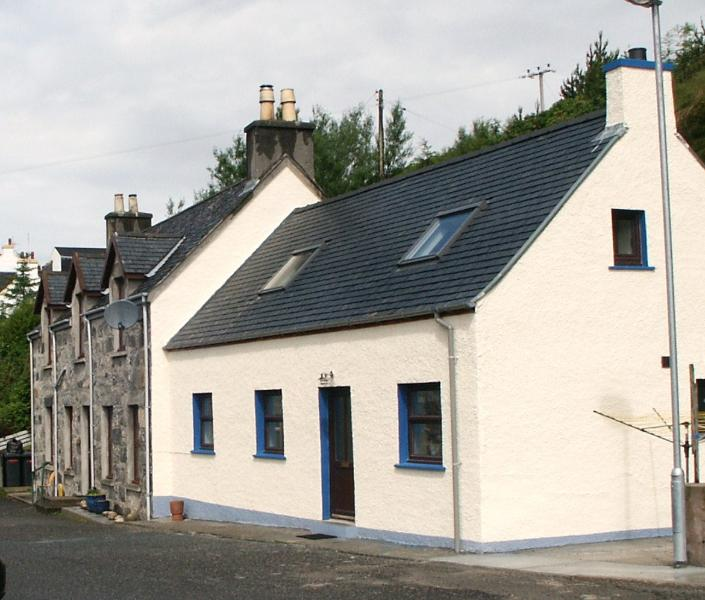 Fasgadh Studio exterior with on site parking. - Fasgadh Studio, Isle of Harris - Tarbert - rentals