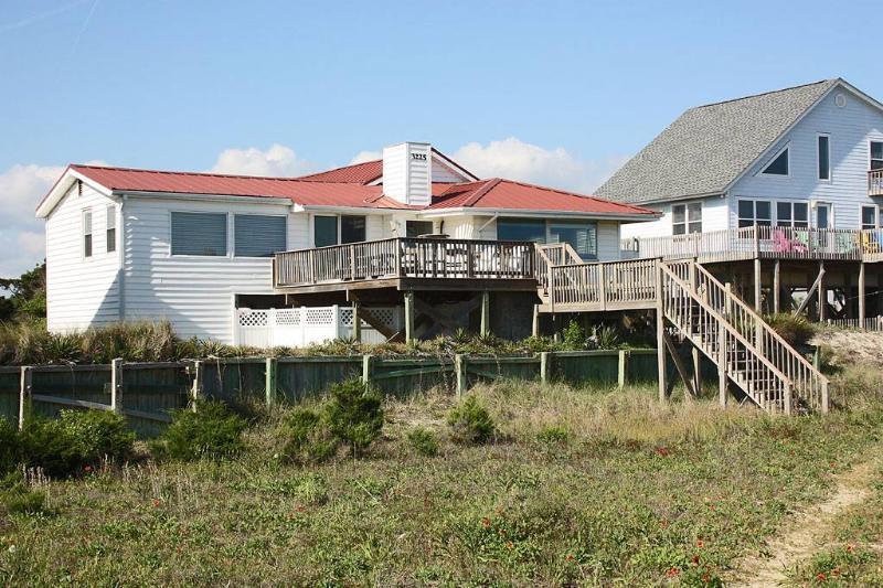 Daze At Sea 3225 East Beach Drive - Image 1 - Oak Island - rentals
