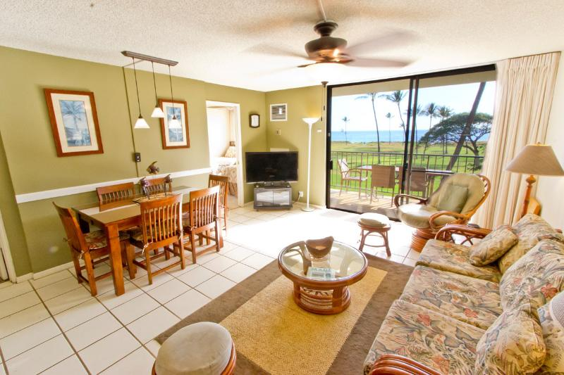 2BR Beachfront; Clean; Great Mountain & Ocean View - Image 1 - Kihei - rentals