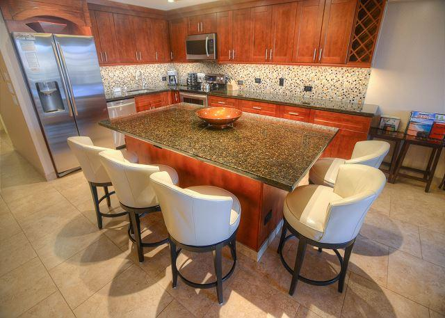 Completely Renovated 2-Bedroom Deluxe Condo. - Image 1 - Kihei - rentals