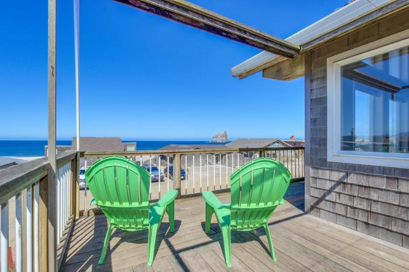 Oceanview A-frame close to the beach w/high-end furnishings! - Image 1 - Pacific City - rentals