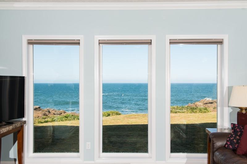Oceanfront Views - Oceanfront Condo - HDTV, WiFi, Indoor Pool & More! - Depoe Bay - rentals