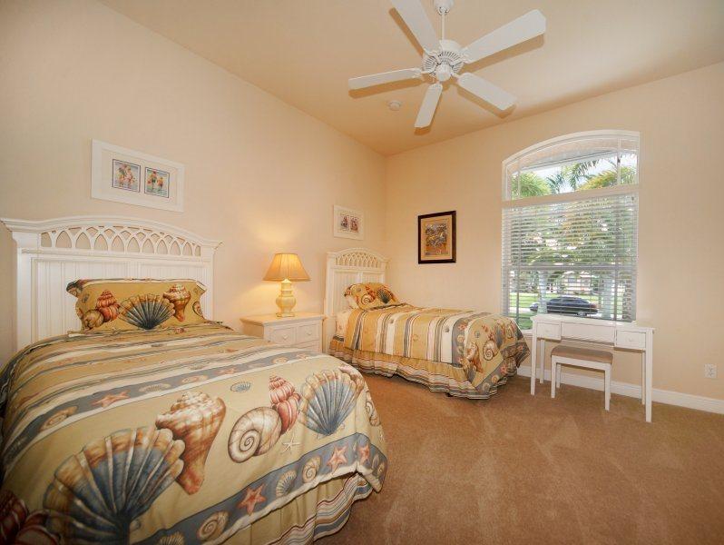 Bahama - Image 1 - Cape Coral - rentals