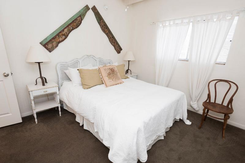 The Master Bedroom - On Walkstreet,  2 Bed 2 bath, one Minute to Sand, - Los Angeles - rentals