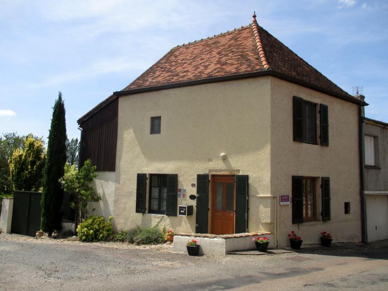 La Maison du Curé in Cormatin near Taizé - Image 1 - Cormatin - rentals
