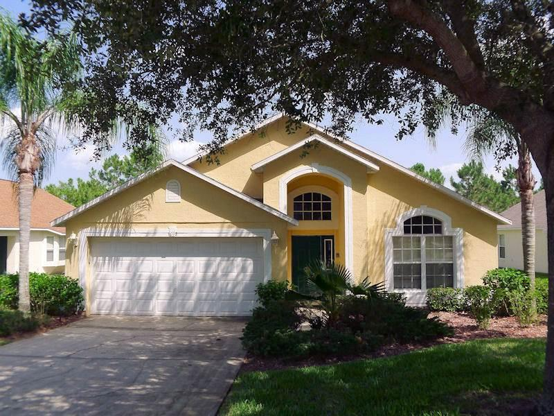 Luxurious 4BR house, perfect for Disney vacations - WL1692 - Image 1 - Haines City - rentals