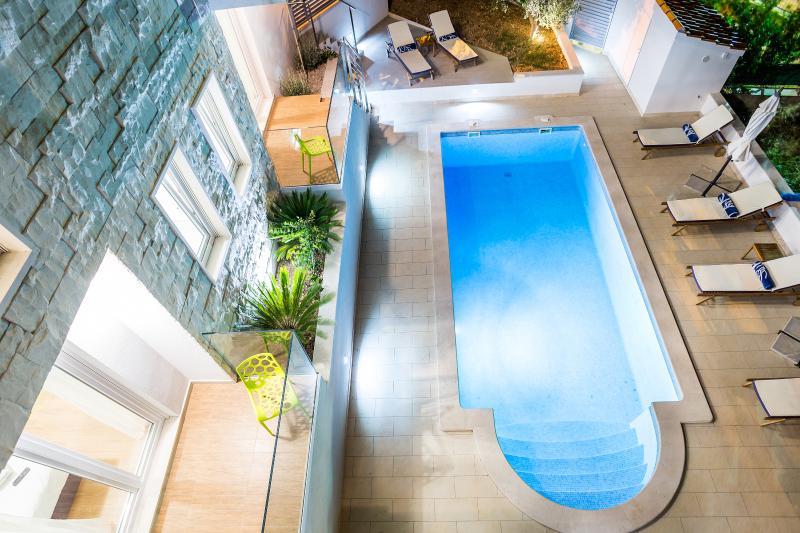 Bol Villa Blanka 6 bedrooms - Image 1 - Bol - rentals