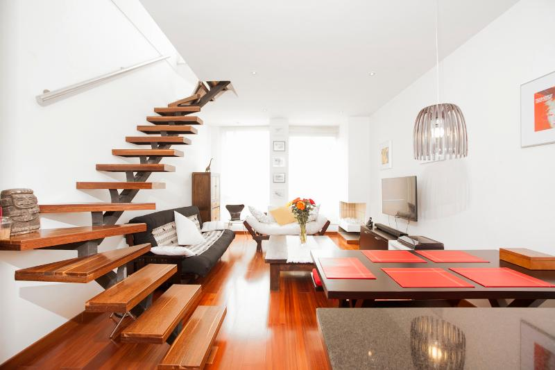 Large 2 Bedroom Apartment in Santa Paula - Image 1 - Bogota - rentals
