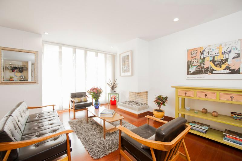 Airy 3 Bedroom Apartament in Chicó - Image 1 - Bogota - rentals