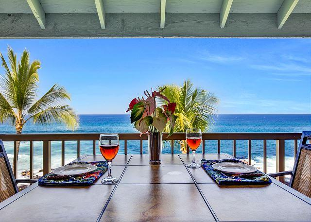 Ocean front dining! - Kona Reef D33 Ocean Front At It's Best! Walk to Kailua Kona Town! - Kailua-Kona - rentals