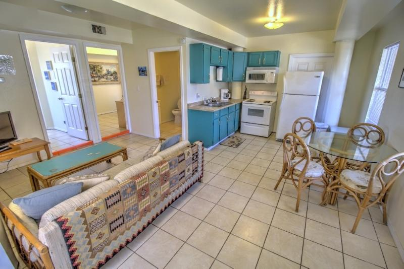 Clean & Cozy with everything you need. - #3 at Oleander Beach Lodge - South Padre Island - rentals
