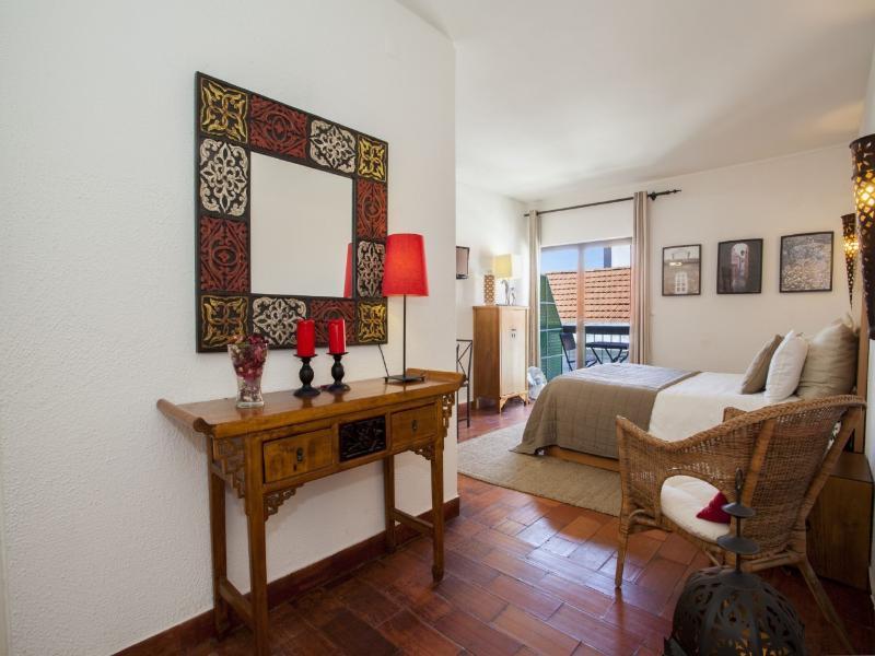 Historical Cascais Apartment - Image 1 - Cascais - rentals