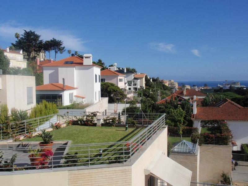 Heart of Estoril Apartment - Image 1 - Estoril - rentals