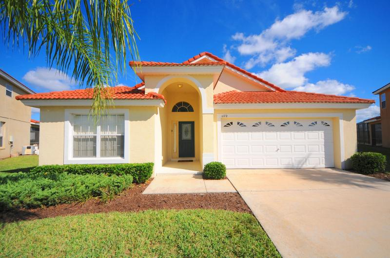 5-Bedroom Gold Star Pool Home Near Disney - Image 1 - Kissimmee - rentals