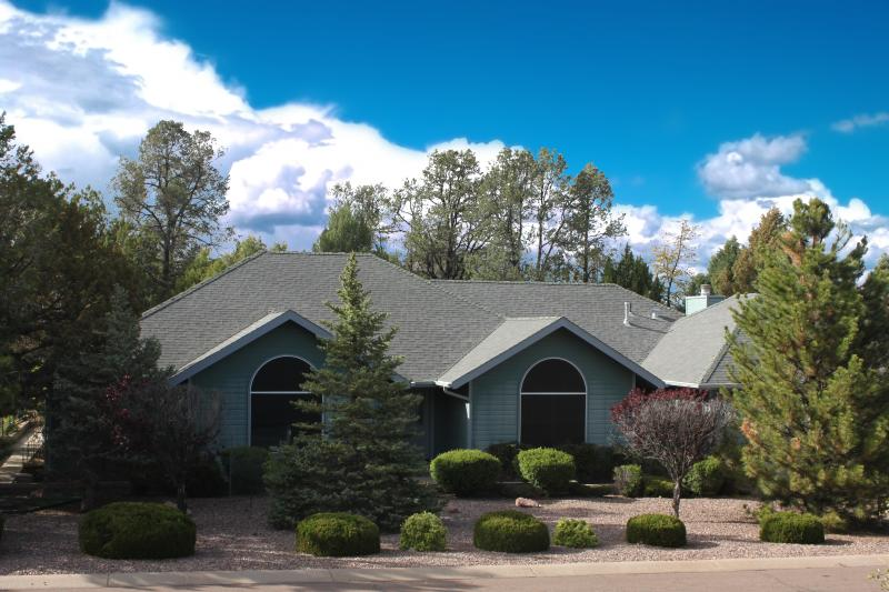 Our property was featured on the cover of Real Estate Magazine for it's dramatic curb appeal. - A Breath of Fresh Air in the Peace of the Pines - Forest Lakes - rentals