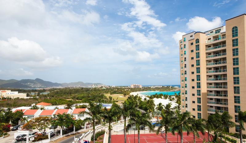 Caribbean Paradise, Rainbow Beach Club, Cupecoy, St Maarten - CARIBBEAN PARADISE... affordable condo at Rainbow Beach Club on the shores of Cupecoy - Cupecoy - rentals