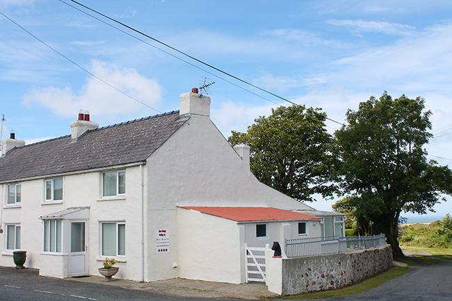 Rose Cottage - Image 1 - Trefin - rentals