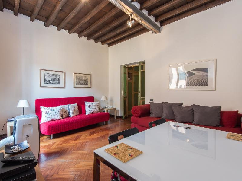 Piazza Navona Charming Apartment - Image 1 - Rome - rentals