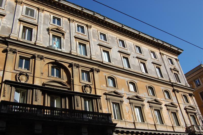 Pantheon Large Comfortable Apartment - Image 1 - Rome - rentals