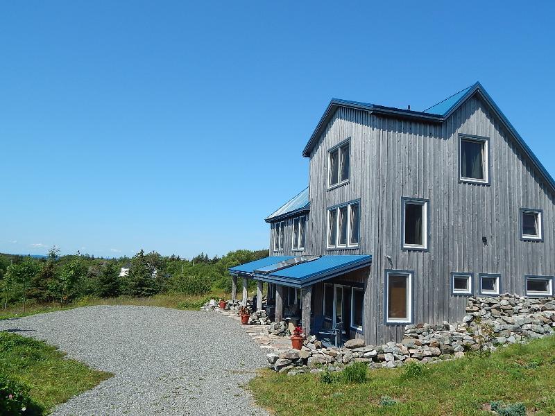 Blue Tin Roof Bed & Breakfast - Blue Tin Roof Bed & Breakfast, Livingstone Cove,NS - Antigonish - rentals