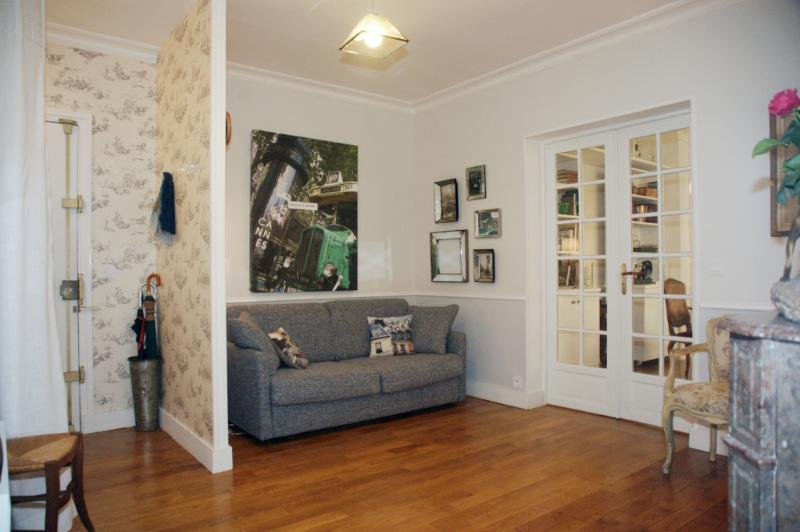 1-MOSSUY-sl5.jpg - MOSSUY - Paris - rentals