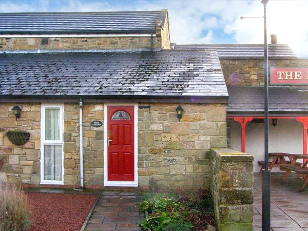 ROSE COTTAGE, pet-friendly, country holiday cottage, with a garden in - Image 1 - Morpeth - rentals