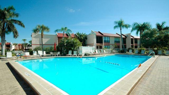 Pool - Runaway Bay 115 - Bradenton Beach - rentals