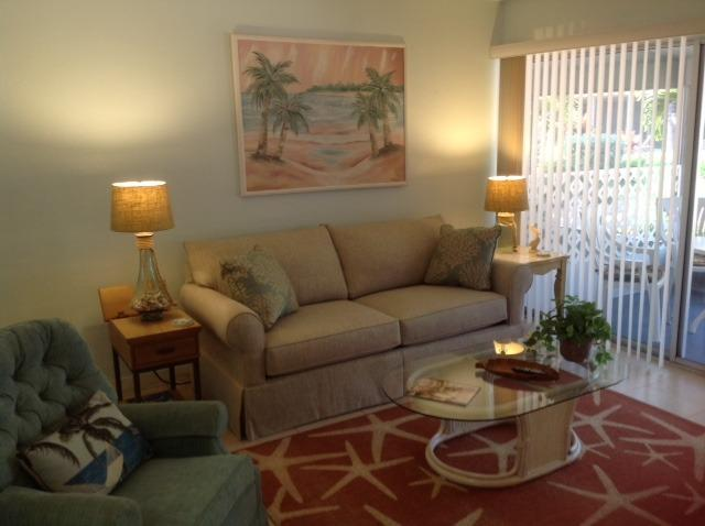 Venice Beach Front Unit 18, Ground Level, Sleeps 4 - Image 1 - Venice - rentals
