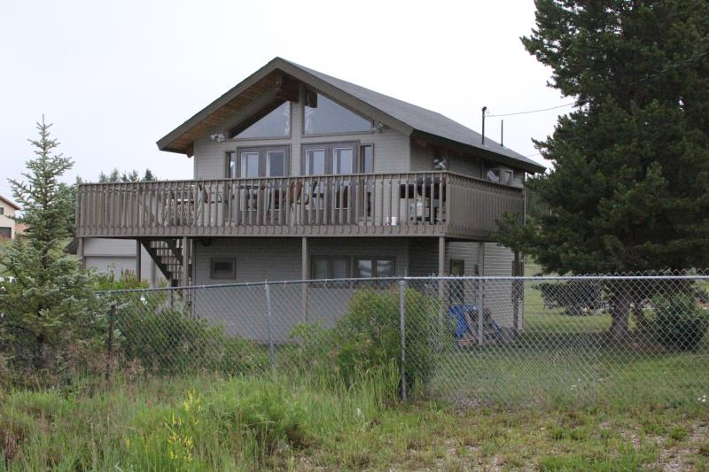 Lake Granby, great lake and mtn views bonus room - Image 1 - Grand Lake - rentals