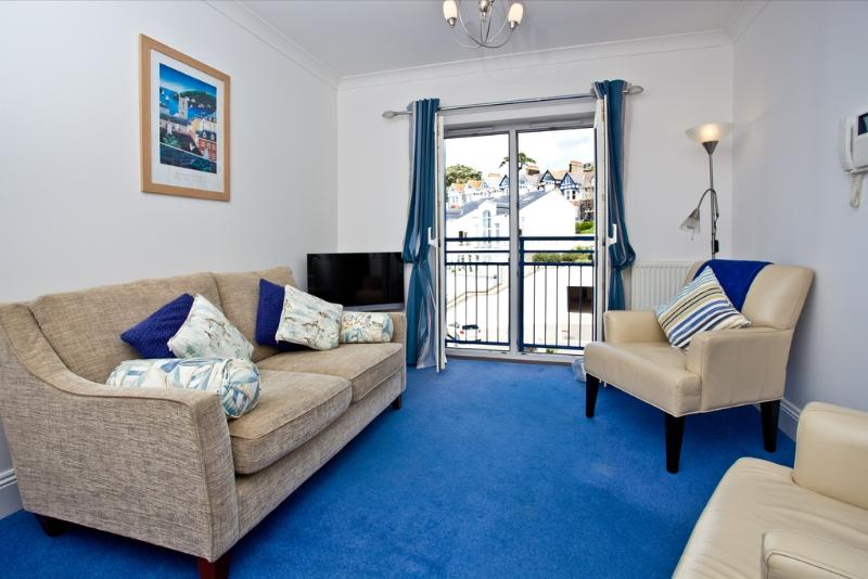 55 Moorings Reach located in Brixham, Devon - Image 1 - Brixham - rentals