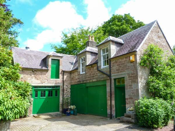 THE HAYLOFT AT BONJEDWARD HALL, detached,romantic,shared 10 acres, en-suite nr Jedburgh, Ref 926663 - Image 1 - Jedburgh - rentals