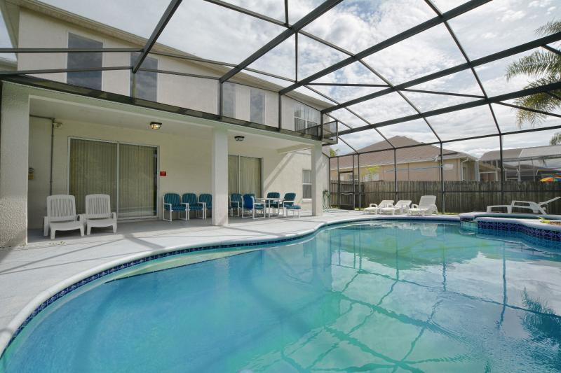 South facing pool/spa - heating is optional and costs extra - Modern & Luxury 6BR Pool Home Near Disney - Orlando - rentals