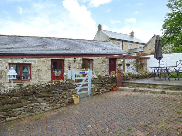 SWIFT COTTAGE, pets welcome, WiFi, romantic rural retreat in East Taphouse, Ref. 926683 - Image 1 - Two Waters Foot - rentals