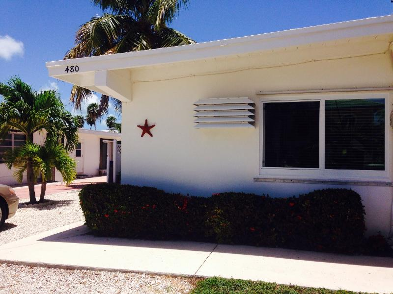 Front view - Florida Keys Newly Renovated Tropical Paradise - Key Colony Beach - rentals