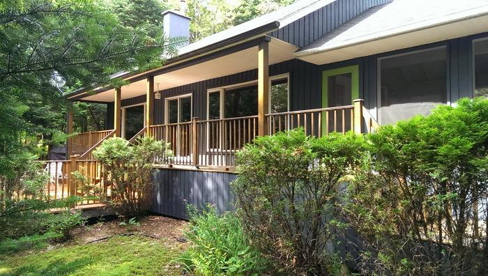 Back of the chalet - Charming waterfront chalet - whisper quiet! - Mont Tremblant - rentals