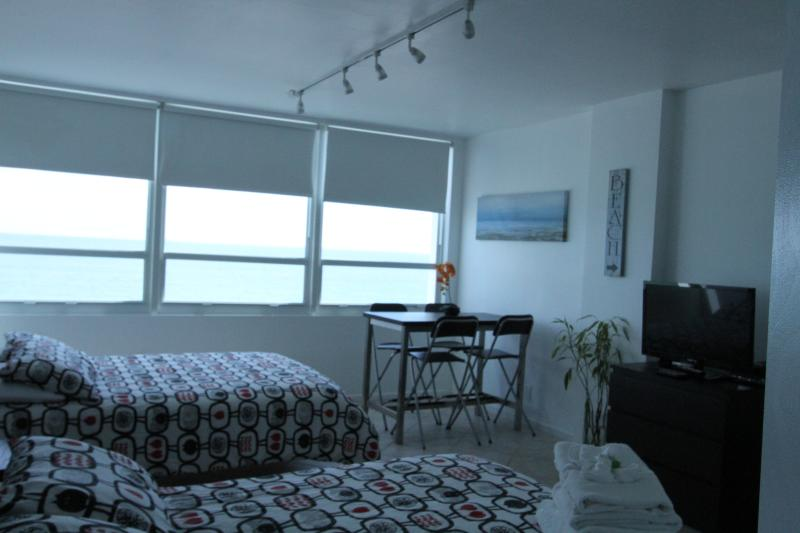 Room View - Ocean Front studio 501 - Miami Beach - rentals