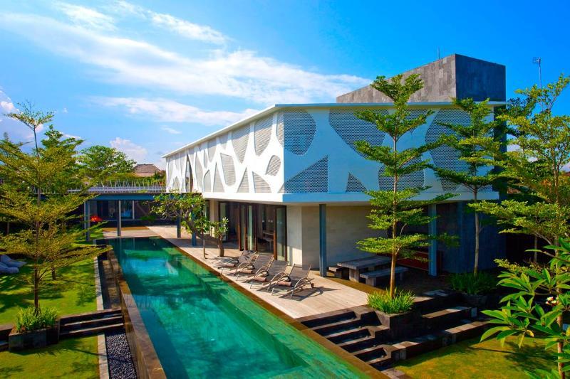 Garden & Pool View, Beside The Beach - MV043 - Image 1 - Thailand - rentals