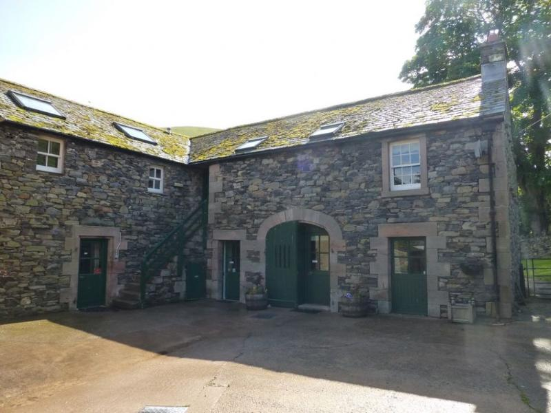 GRANARY COTTAGE, Mosedale - Image 1 - Mosedale - rentals
