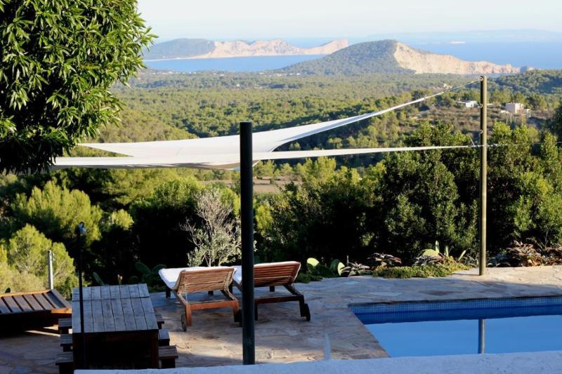 3 bedroom Villa in Sant Josep De Sa Talaia, Ibiza : ref 2268549 - Image 1 - Es Cubells - rentals