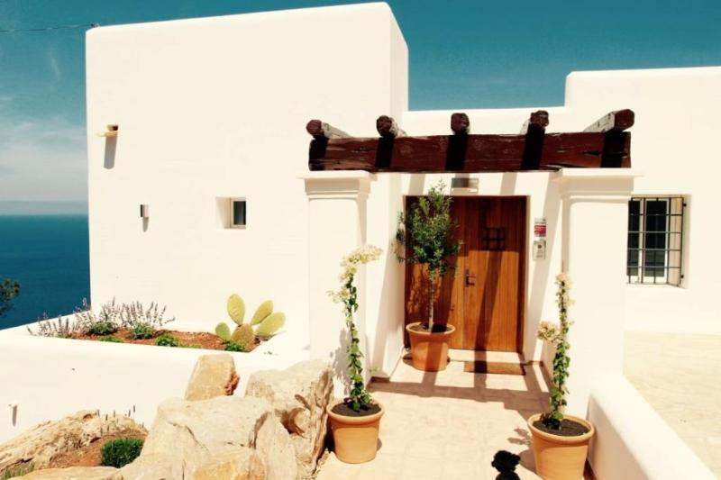 5 bedroom Villa in Sant Joan De Labritja, Ibiza : ref 2268562 - Image 1 - San Miguel - rentals