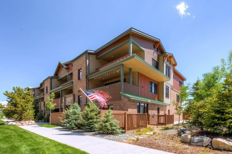 Stay, and play at one of the newest complexes in Frisco, Colorado just two blocks off Main Street - Red Bear P6 - Frisco - rentals