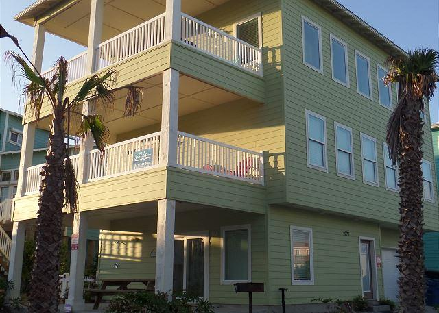 Ocean Lookout! - Ocean Lookout: AMAZING VIEWS, Steps to the Beach & Pool, Game Room, Boardwalk - Port Aransas - rentals