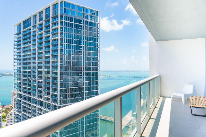 Luxurious 2/2 Condo at The Viceroy - Brickell - Image 1 - Coconut Grove - rentals