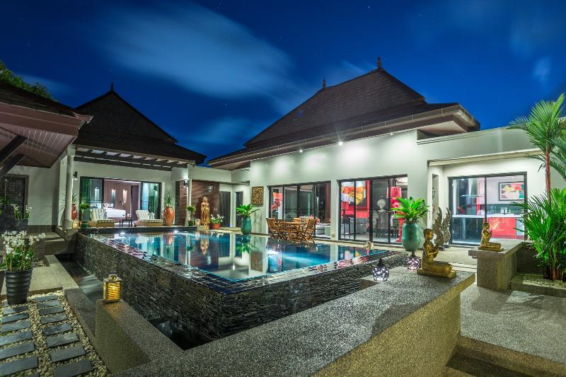 3 bedroom pool villa in Surin with a private chef - Image 1 - Bang Tao Beach - rentals