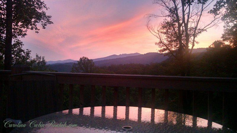 Sunset from this mountain cabin hideaway. - Misty Mountain Cabin - Blowing Rock - rentals