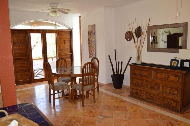 """Spacious and Sunny Casa """"in the heart of it all"""" - Image 1 - Playa del Carmen - rentals"""